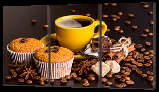 Кексы с кофе в жёлтой чашке