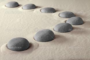 камни в песок