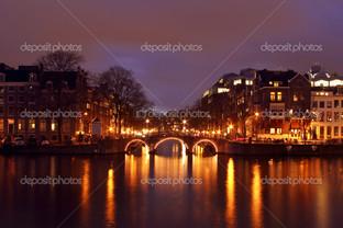 ночь в городе отражение