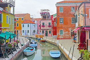 Венеция Бурано остров канал лодки