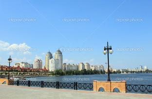 Панорама города набережная