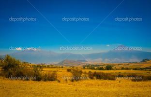 Синий неба и природе