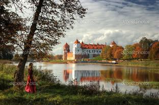 замок на реке