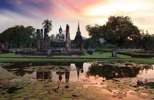 Будда статуя Сукхотхай исторический парк