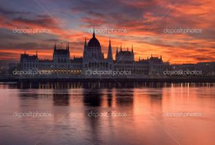 Парламент здание закат