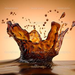 брызги горячий кофе