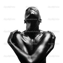 черная женщина на белом