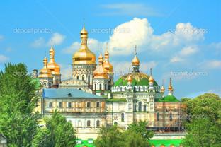 золотые купола Киево-Печерского монастыря