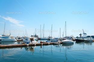 яхты в Одесском морском порту