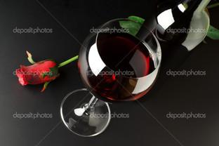 красное вино и роза