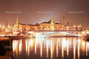 Кремль в ночи