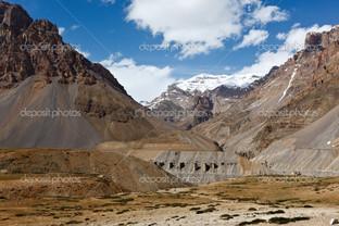 долина в Гималаях