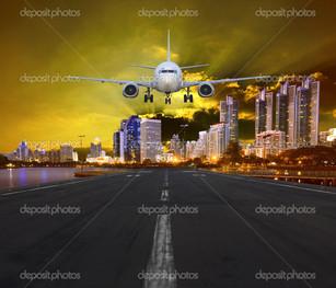 самолет и город