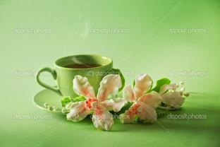 чашка зеленого чая