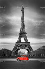 Париж и красная машина