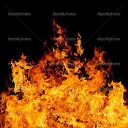 Идеальный огонь на черном фоне