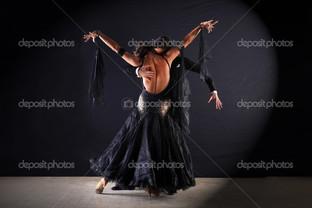 бальные танцоры