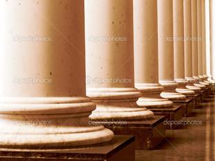 древние колонны