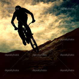 силуэт человека велосипед закат