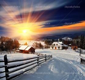 Зима пейзаж в деревне закат