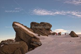 альпинисты горы в зиму