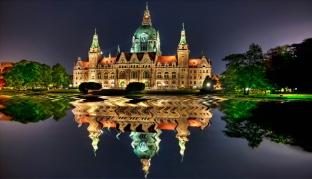 Красочный замок