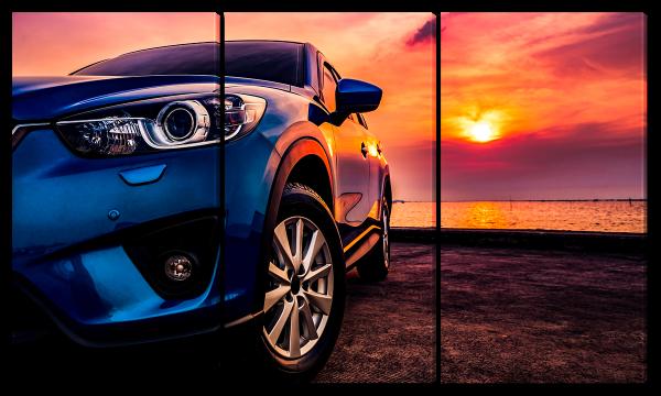 Автомобиль на закате