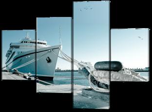 Корабль на причале