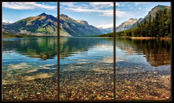 Чистое озеро в горах