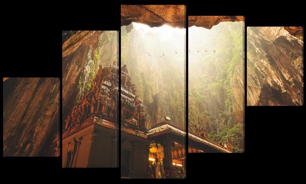 Бату, пещерный храм