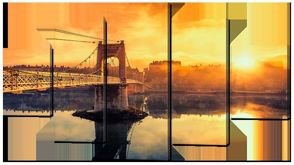 Вид на закат и мост