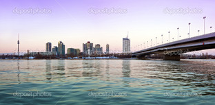 Скайлайн Дунай город
