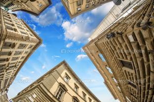 геометрические фигуры зданий