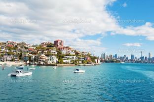 панорама с воды на Сидней