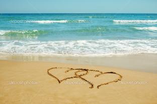 сердца на песке