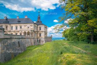 вид на замок Подгорецький