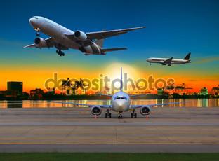 несколько самолетов